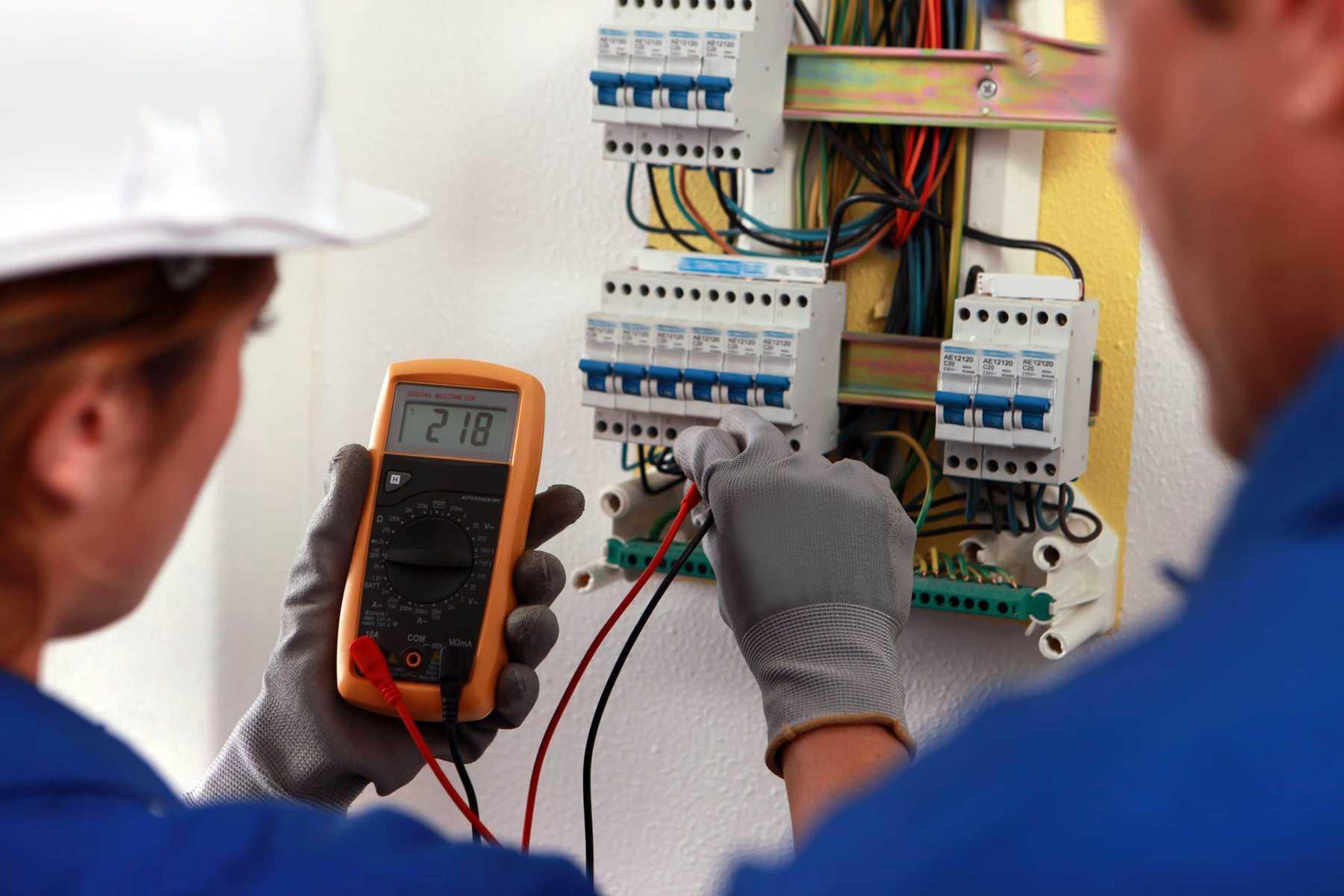 Elektro opravár
