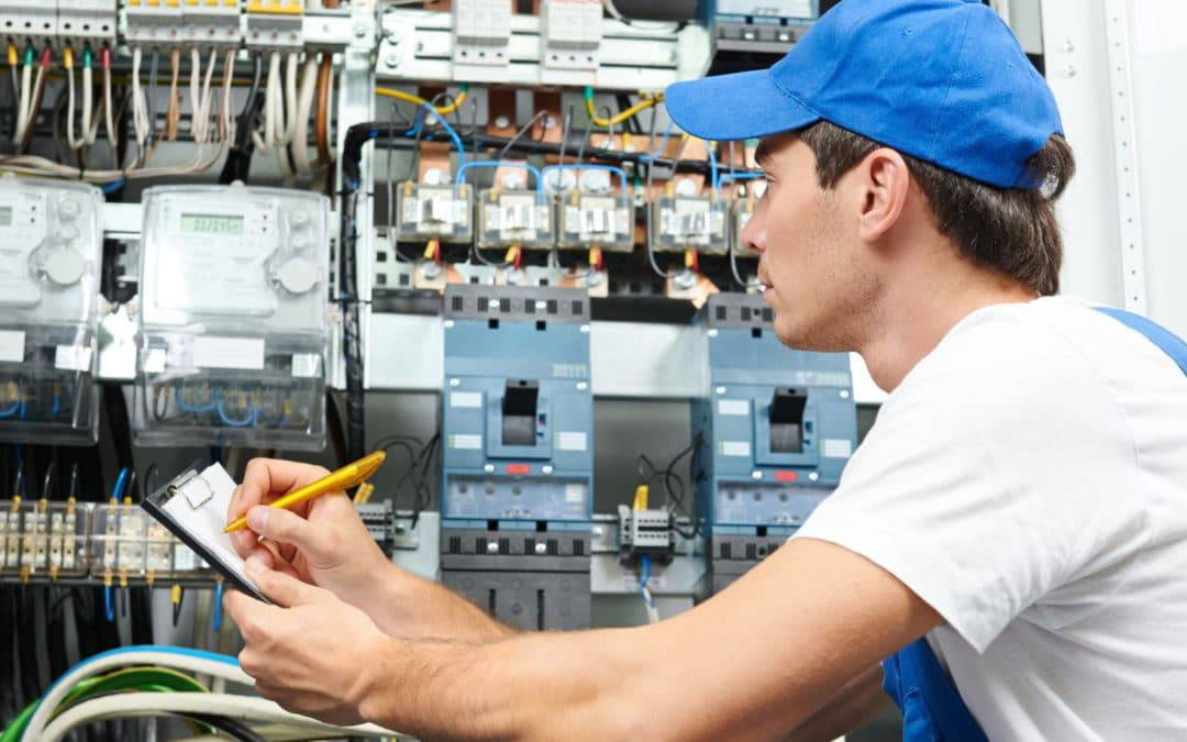 Revízny technik – Elektrikár [KARIÉRA]