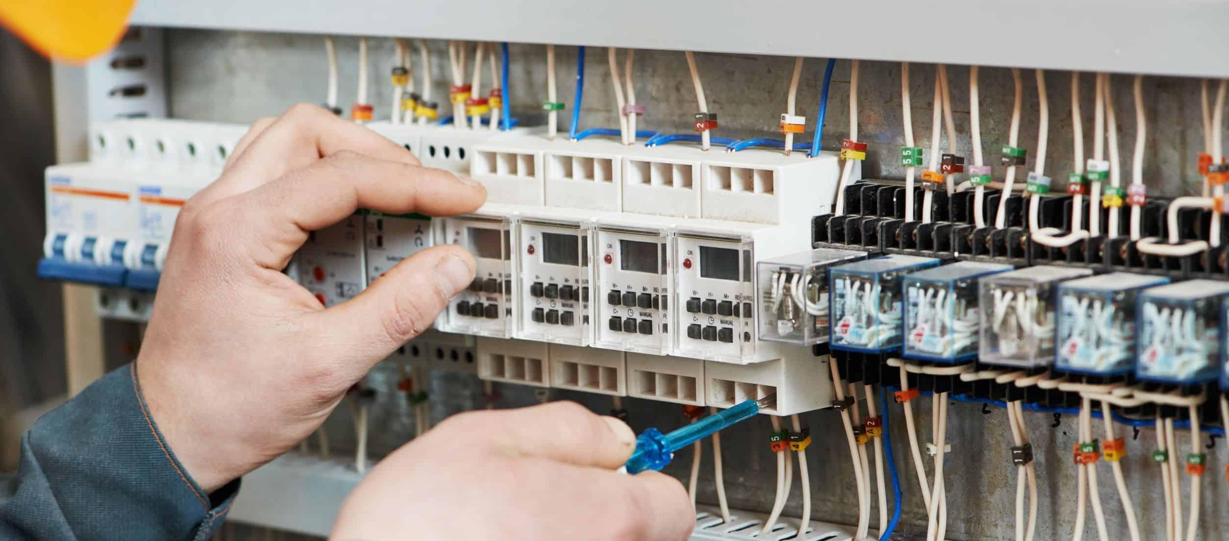 Elektromontážne práce