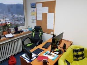 pracovné miesto
