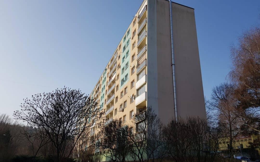 Rekonštrukcia elektrických rozvodov v dome (135bj) – Oremburská 7-15, BB [REALIZÁCIA]