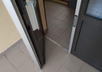 Elektromagnetický zámok 2x300kg na dverách
