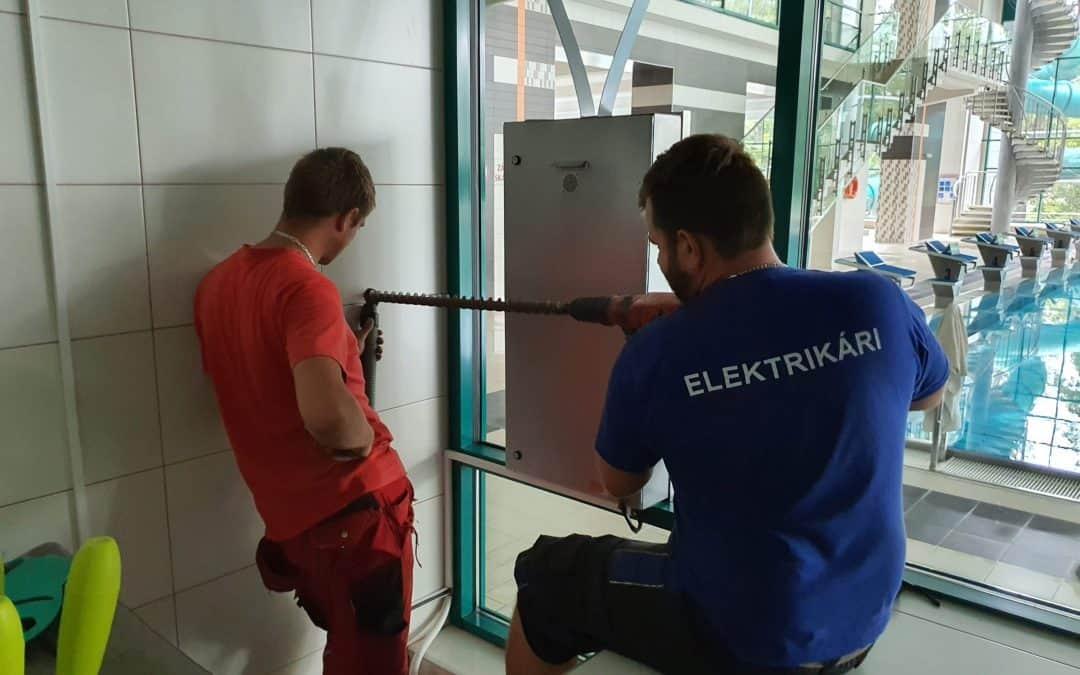 Elektrikár práca – výhody spolupráce elektrikárov s BM Elektro, s.r.o.