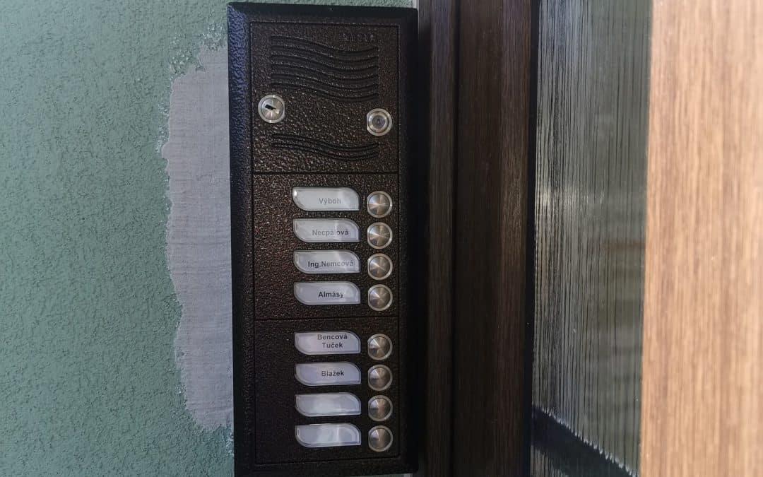 Domáci telefón elegant v TESLA Karat digital prevedení [REALIZÁCIA]