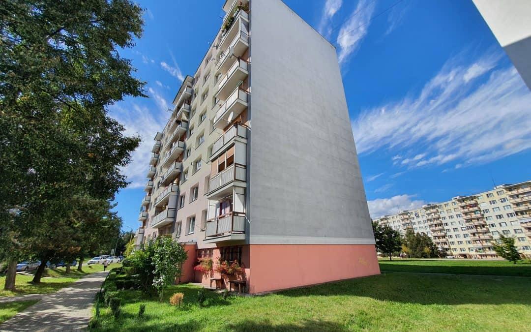 Výmena elektrických rozvodov v bytovom dome – Záhonok, Zvolen